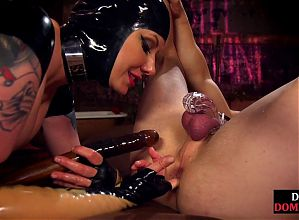 Foot domme rides gimp dick while getting toe sucked by sub