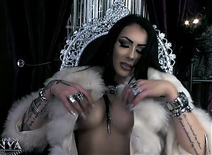 Mistress Kennya- my friend, Findom